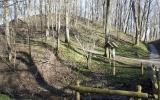 Mežuotnės piliakalnis, Rundāles pagasts, Bauskas raj.